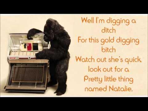 Bruno mars - Natalie (lyrics on screen)