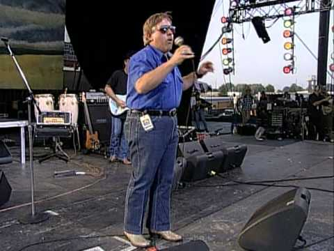 John Conlee - Let The Good Times Roll (Live at Farm Aid 1995)