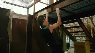 Gambar cover Regina's Walking Dead Workout Plan - Climb ANYTHING.