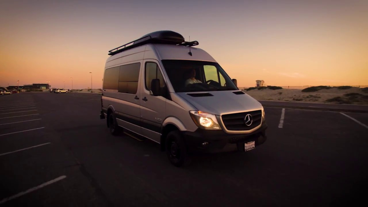 El kapitan luxury sport touring van 144 3500 super for Luxury mercedes benz sprinter