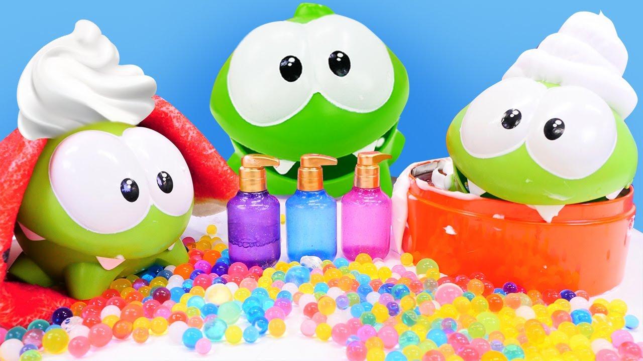Toy Om Nom videos for children - Om Nom bath toys & Om Nom toys adventures