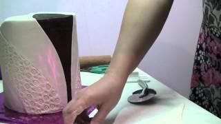 Мастика домашнего приготовления(Обтяжка торта мастикой домашнего приготовления. Все допускают одну и ту же ошибку там 125 мл!!!!! а не грамм!!!..., 2013-07-25T14:28:35.000Z)