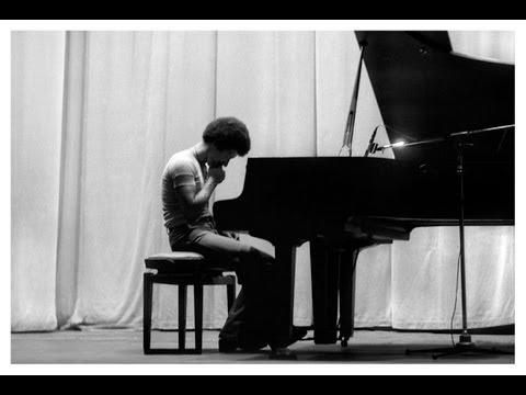 """Sun Bear Concerts"" Sapporo (part I, beginning) - Performed by Sébastien Ridé (srmusic)"