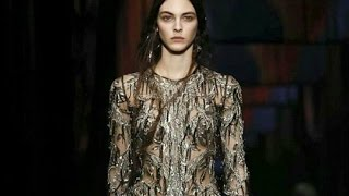 Alexander McQueen | Full Show | Womenswear | Paris Fashion Week | Fall/Winter 2017/2018