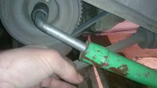 Заглохла машина  ВАЗ 2115 и не заводится.  Что делать, в чём причина?