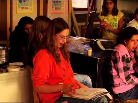 Wingra School: A Place for Joyful Learning (it's a school with no grades!)