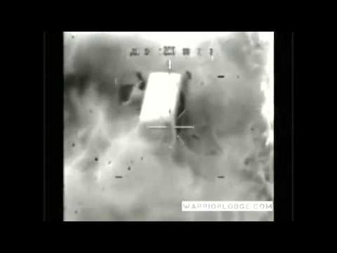 Apache Gunship Shreds ISIS Trucks- Gun Camera