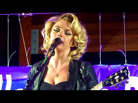 SAMANTHA FISH BLUES & ROOTS FEST CHILLS AND FEVER