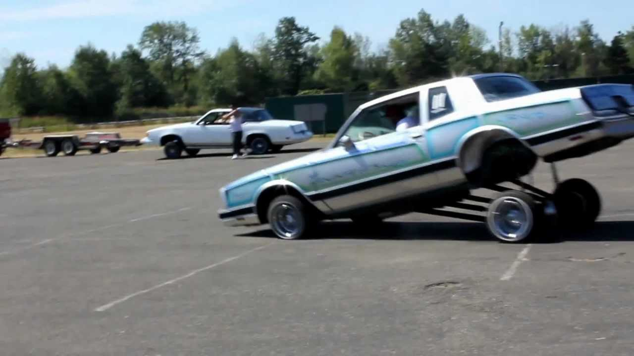 lowriders gas hopping at majestics car show www ...