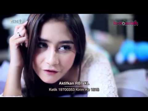 Prilly Latuconsina -  Fall In Love ( Official Music Video )