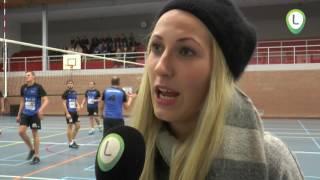 Volleybalwedstijd  voor spieren voor spieren