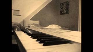 Ne Lomite Mi Bagrenje Robert piano cover.mp3