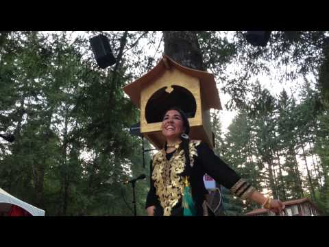 DJ Anjali & The Incredible Kid bhangra dance party at Beloved Festival 2014