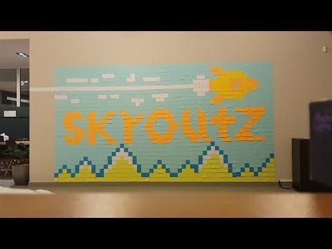 Skroutz Post-it art (making of)