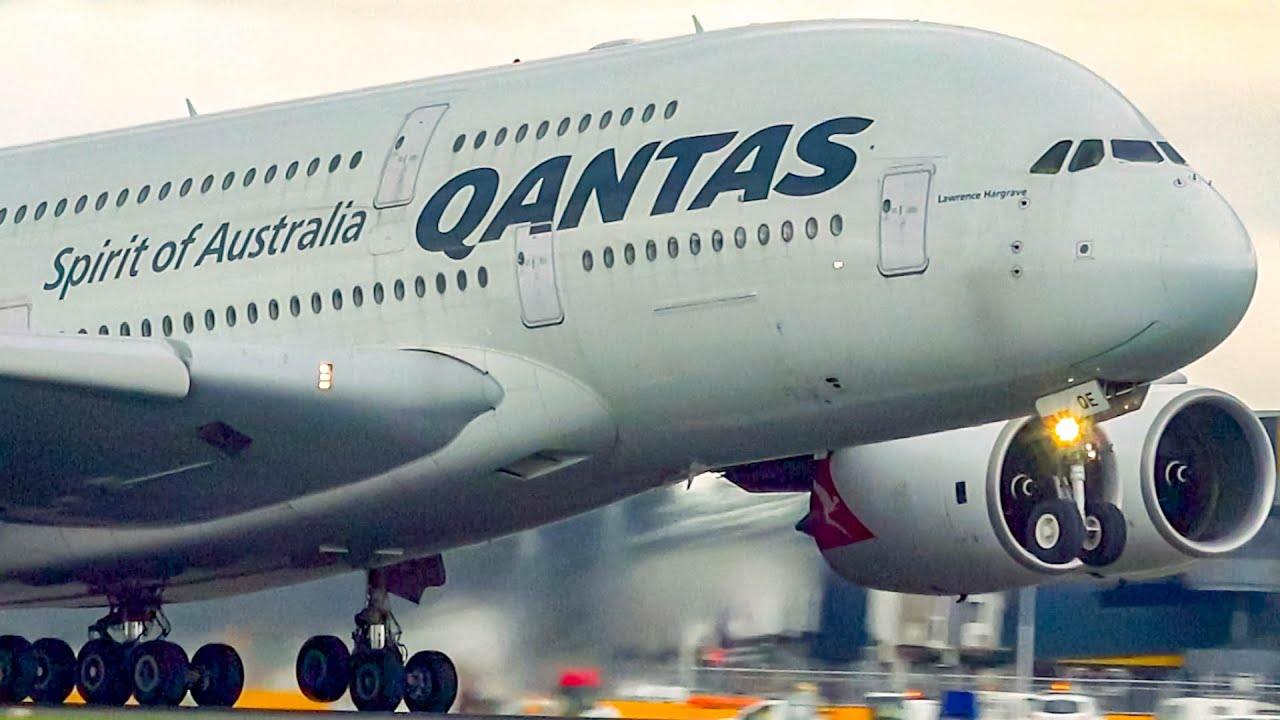 FIRST Qantas A380 goes into Storage | Melbourne Airport Plane Spotting