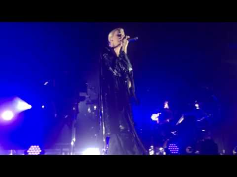 Conscious live - Broods concert 8/3/16 front row