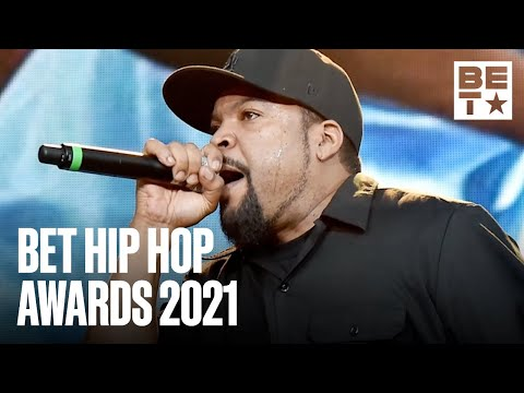 Ice-Cube-Makes-It-To-Hollywood-From-Straight-Outta-Compton-BET-Hip-Hop-Awards