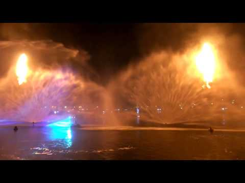 Light and Water Show at Dubai Festival City (Full)