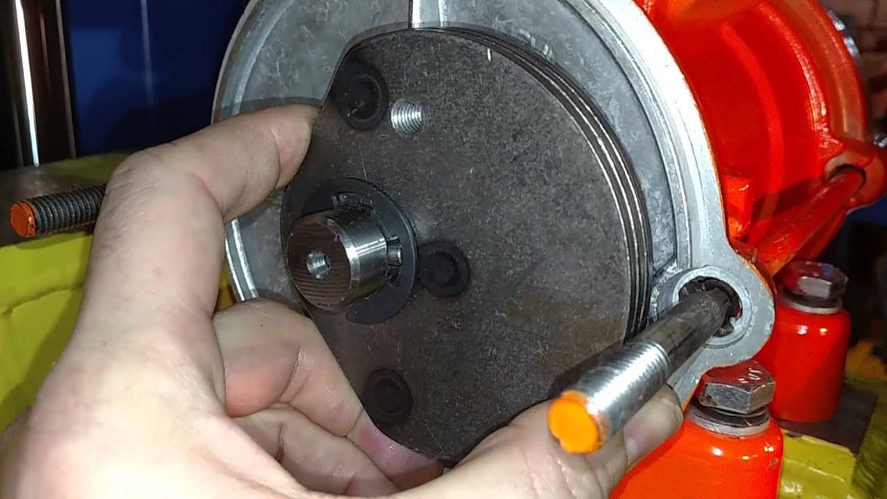 Продам вибраторы площадочные ив-99, ив-98, ив-92, ив-104, ив-107,. Продам вибраторы площадочные пр-во италия mve 400/1. 5, mve 500/1. 5 цена 7 000 грн. Вибраторы глубинные 220 в, 2 м, d = 38 мм 640 грн. 220 в 4.