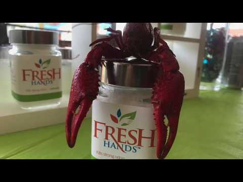 How-to Peel Crawfish: EASY Crawfish Peeling Tutorial
