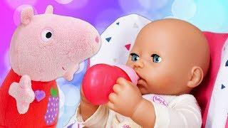 Vidéo en français pour enfants. Bébé Annabelle se suce le doigt