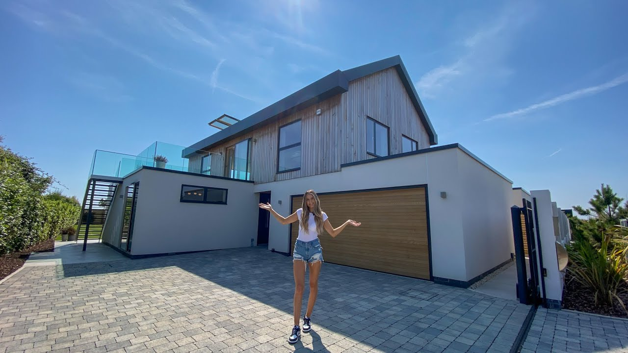 Inside a £2,000,000 brand new luxury home only 500m from the Sea 🇬🇧🌊