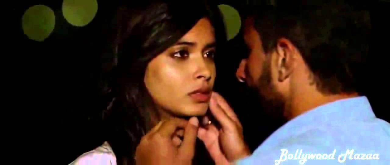 Saif Ali Khan Kiss Diana Penty - Youtube-5105