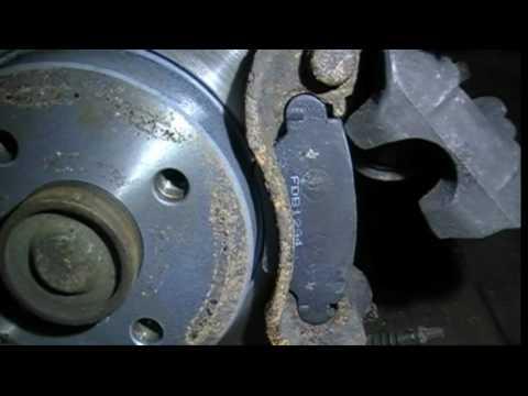 Установка колодок на задний суппорт Bosch. Opel Astra.