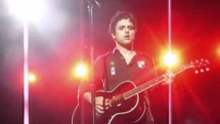 Green Day - Wake Me Up When September Ends @ Festival Nem-Catacoa [10.10.10]