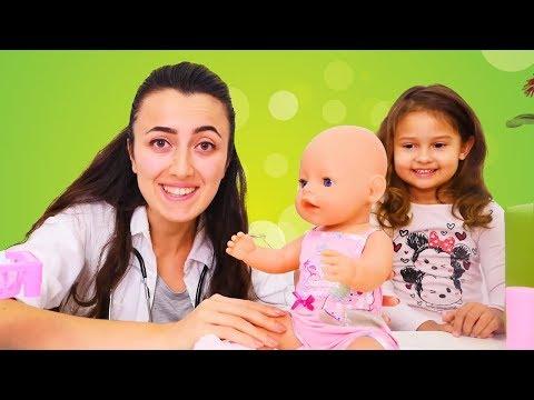 BEBEK BAKMA oyunları! Selin bebeğini doktor Sevcana getirdi. #oyuncakbebekvideoları