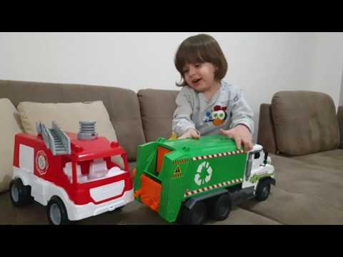 Fatih Selimin yeşil çöp kamyonu ve kırmızı itfaiye🚒 arabası var🚒
