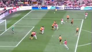 Bendtner goal in last minute vs Wolves