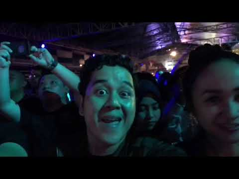 The Chainsmokers Concert at Jakarta 2018 Pecah #tripmalvinoinne