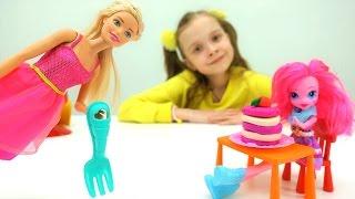 Игры для девочек: #БАРБИ и Соня открыли ДЕТСКОЕ КАФЕ! Готовим вкусняшки с пластилин #ПлейДО #PlayDoh