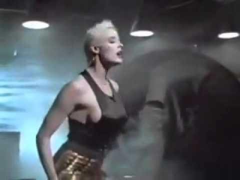 Falco & Brigitte Nielsen - Body next to body (1987)