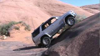 Stock Toyota 4-Runner crawling up the Baby Lion