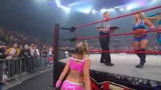 The Beautiful People vs Sarita and Taylor Wilde