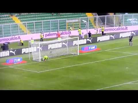 Amazing Goal Fabrizio Miccoli vs Chievo.