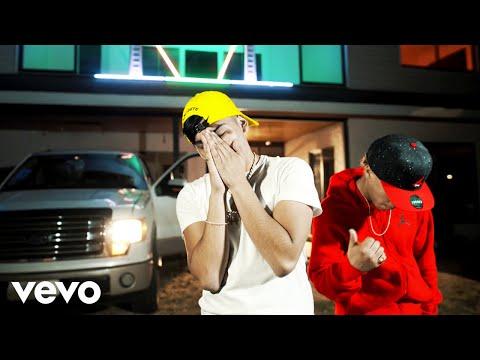 Carlitos Junior - Juego de 3 (Official Music Video) ft. Pablo Chill-E