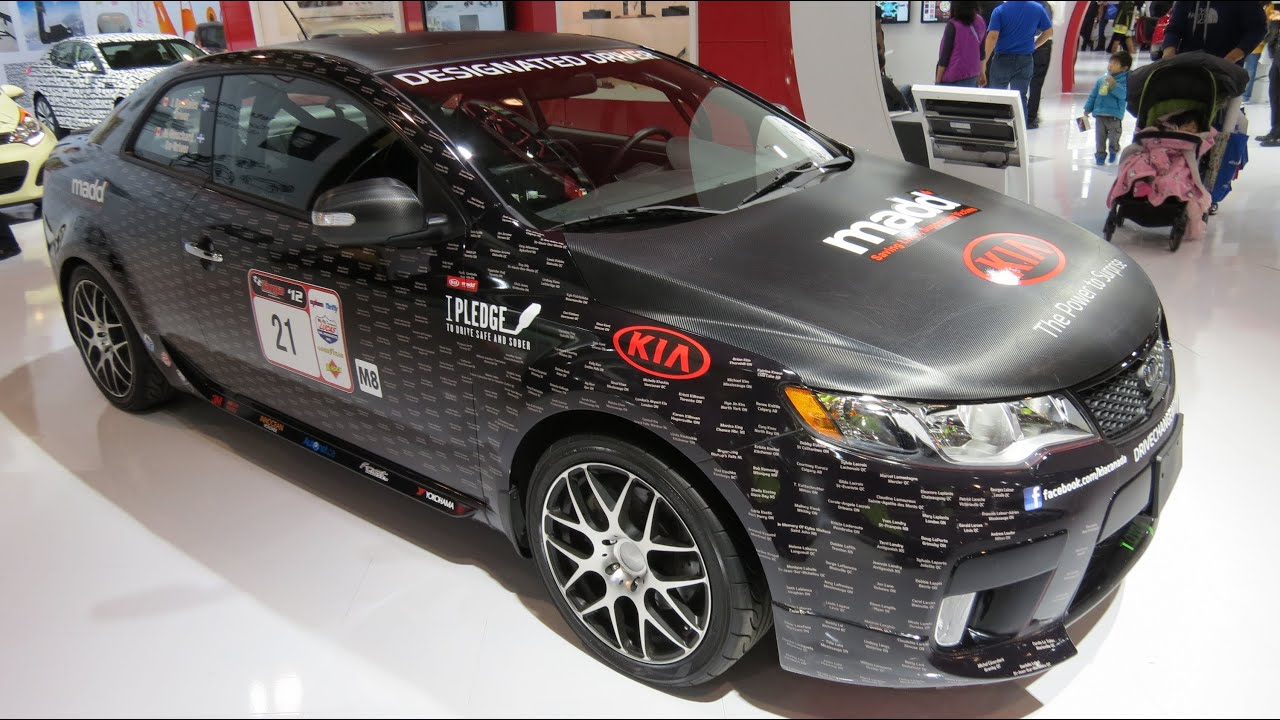 2013 kia forte koup custom at the 2013 canadian int auto. Black Bedroom Furniture Sets. Home Design Ideas