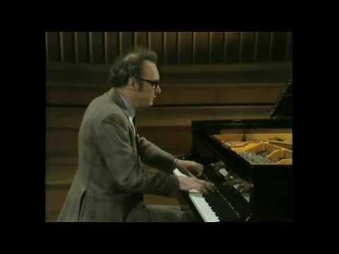Alfred Brendel - Schubert - Six moments musicaux, D 780