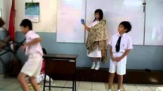 drama bi gadis penjual korek api Sd tarakanita 4 Tugas