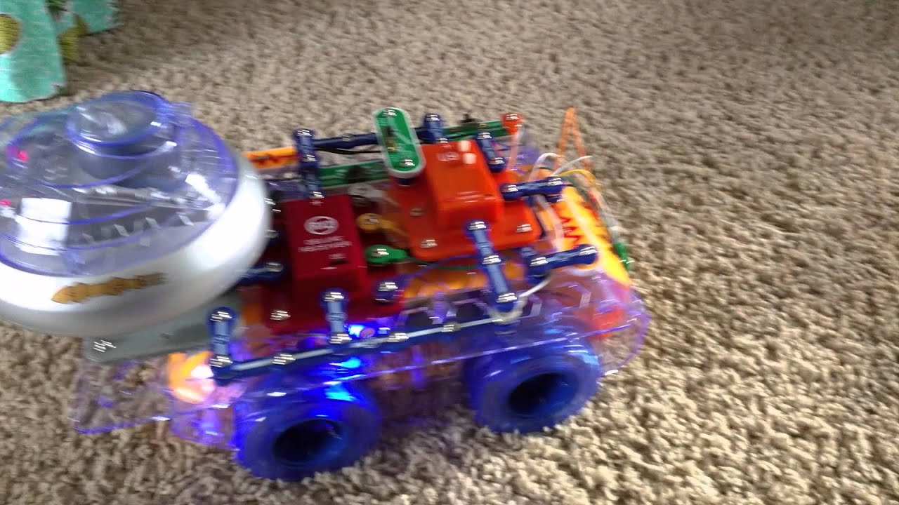 Elenco Scrov10 Snap Circuits Rc Rover Electronics Discovery Extreme 750in1 Kit W Computer Interface Click To R C Inc Scrov 10