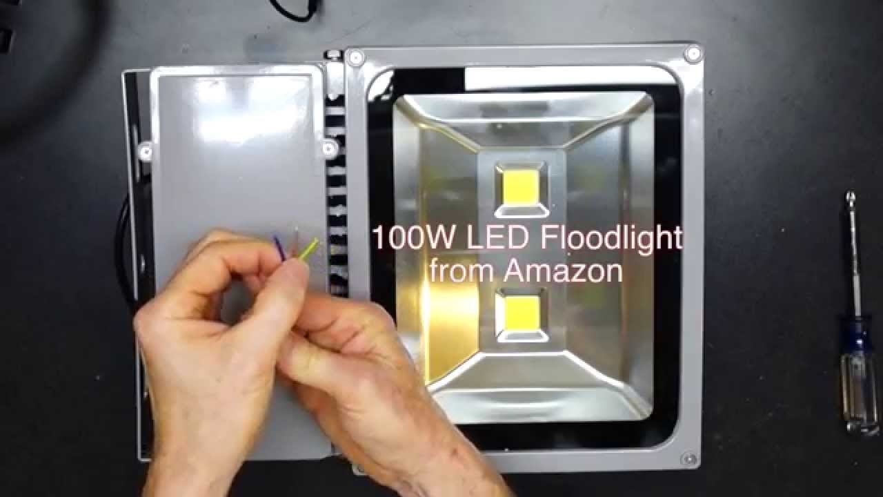 100 watt led vs 500 watt halogen floodlight comparison youtube mozeypictures