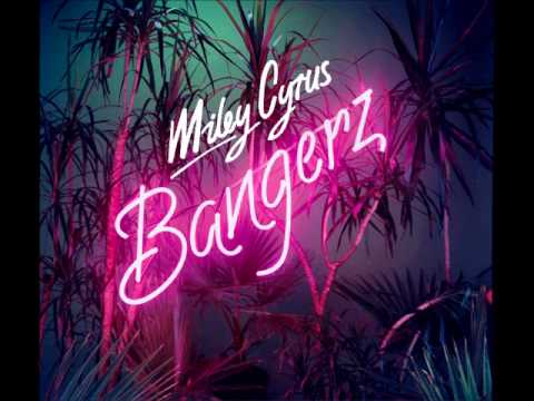 Miley Cyrus SMS( BANGERZ) ft Britney Spears - YouTube