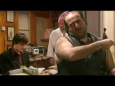 he's-leaving-home-|-black-books-|-season-1-episode-6-|-dead-parrot