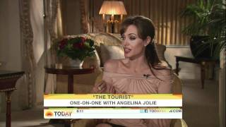 [HD] Angelina Jolie Interview On Today Show 12/07/2010