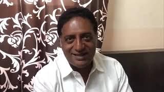 സഖാവ് വിപി സാനുവിന് വേണ്ടി വോട്ട് അഭ്യർത്ഥിക്കുന്ന നടൻ പ്രകാശ് രാജ്./actor Prakash Raj/vp sanu