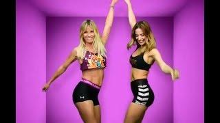 Rocío Guirao Díaz y Jesica Cirio bailando Zumba