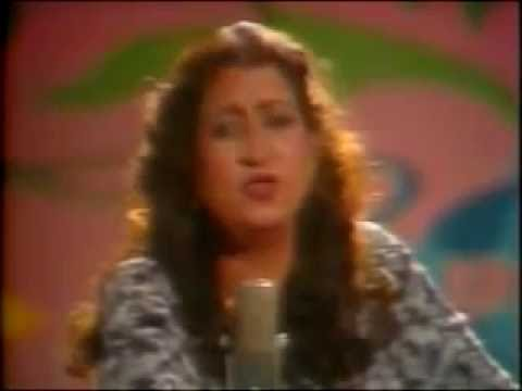 Best old ghazal by munni begum great singer pyar krna mana hy.